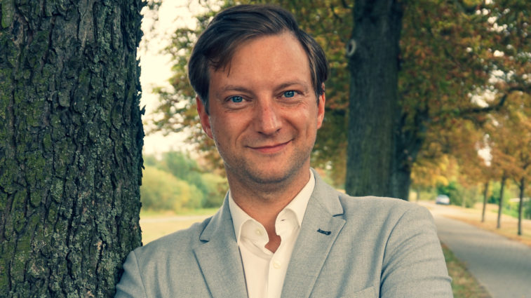 Jeff Staudacher: Dank der FDP werden Brandenburgs Schulen digital